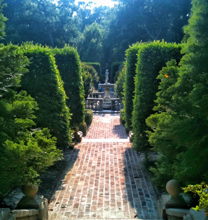 Elizabethan-Gardens-Roanoke-Island-things-to-do-in-the-outer-banks