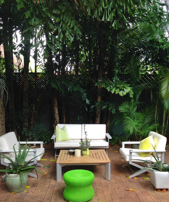 airbnb-Miami-7-courtyard