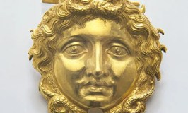 Medusa Brooch © Museum of the Royal Tombs Aegae