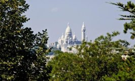 "Sacré-Coeur – A Basilica on the ""Mount of Martyrs"""