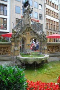 Cologne Heinzelmännchenbrunnen
