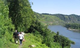 Walking in Moselle by Moselland Tourism