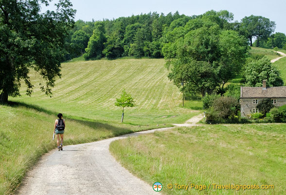Walking from Guiting Power to Winchcombe in the Cotswolds