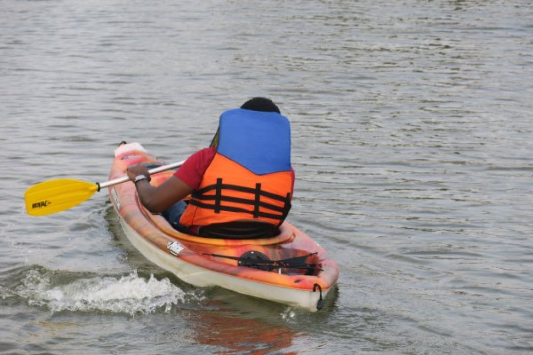 omu resort-travelstart-kayak