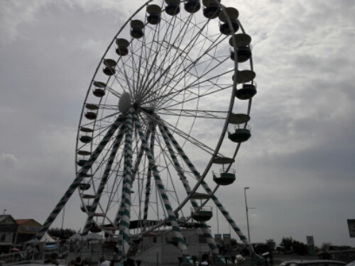 Ferris wheel in Royan
