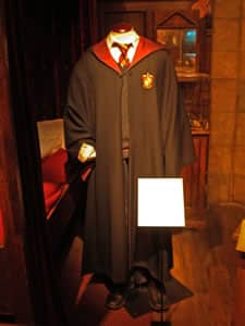 Harry Potter's uniform