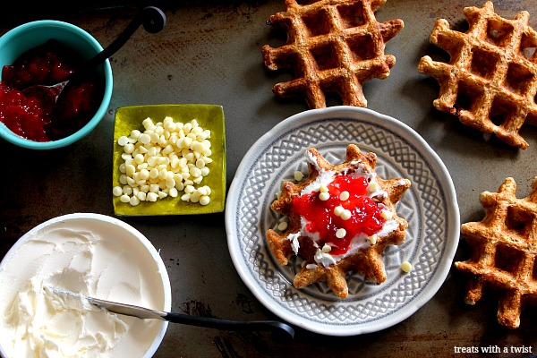 Strawberry Mascarpone Waffles // treatswithatwist.com