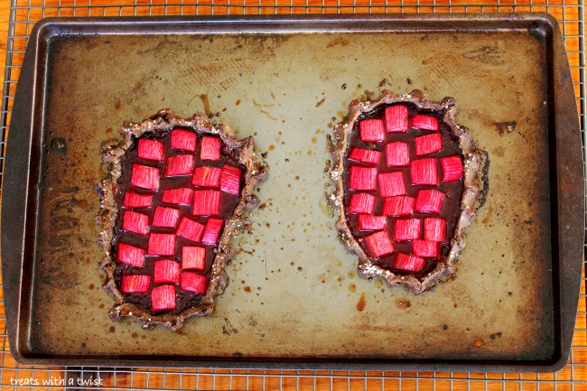 Rhubarb-Berry-Buckwheat-Pie 5