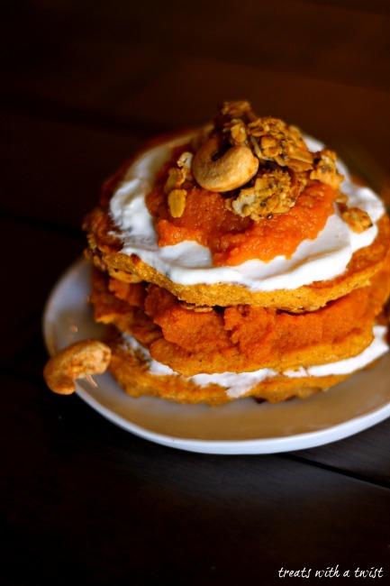 Pumpkin Spiced Granola Pancakes (treatswithatwist.com)