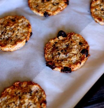 Simple-oat-and-cherry-breakfast-cookies 1