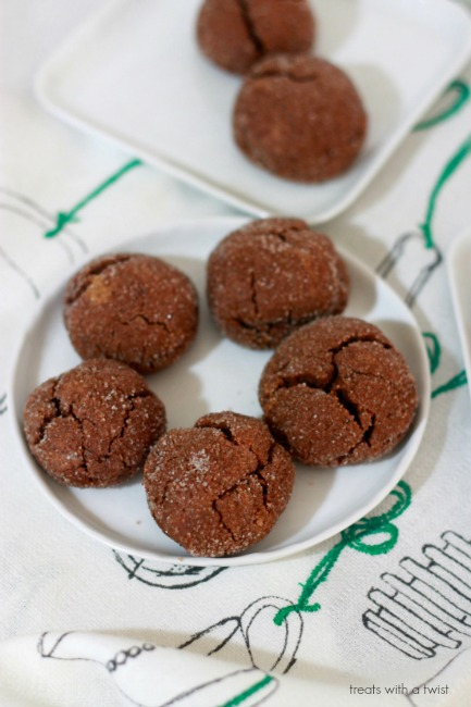 Chocolate Peanut Butter Pillow Cookies // gluten free // treatswithatwist.com