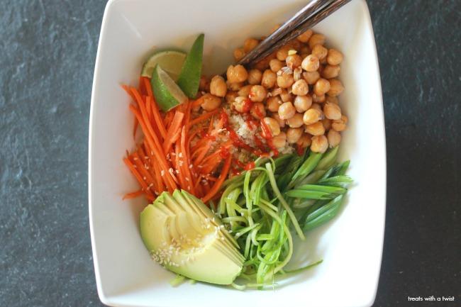 Buddha Bowls // gluten free // treatswithatwist.com