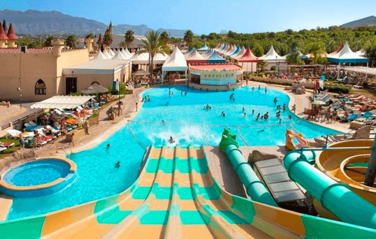 Benidorm allinc waterpark holiday from dublin trektrendy for Hotels in belfast with swimming pool