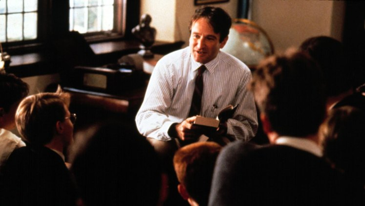 DEAD POETS SOCIETY, Robin Williams, 1989