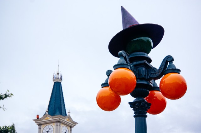 Disneyland Paris Halloween Mini Parade-16