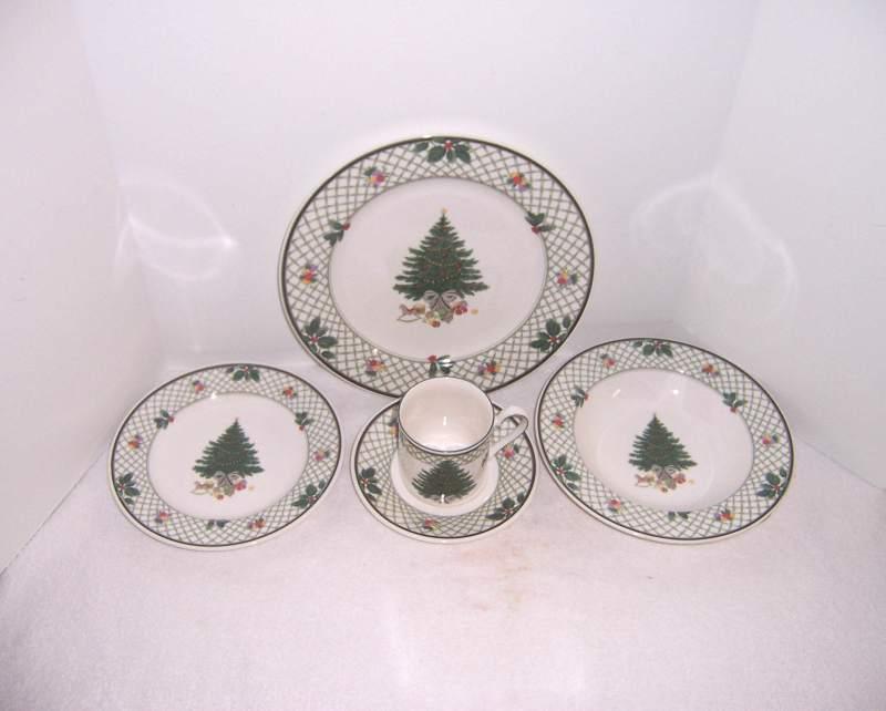 Large Of Christmas Dinnerware Sets