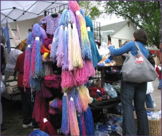Tess Yarns booth