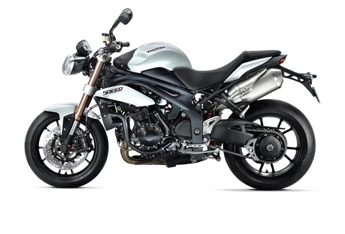 triumph-speed-triple-1050-2011-4