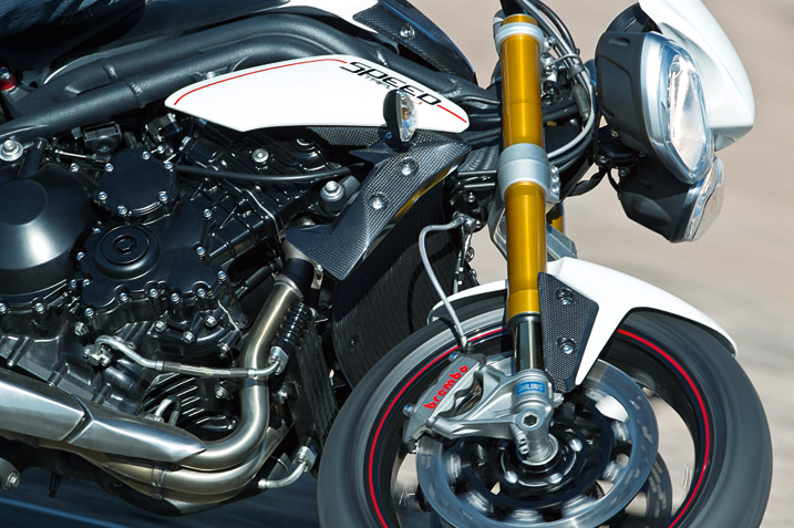 triumph-speed-triple-r-12