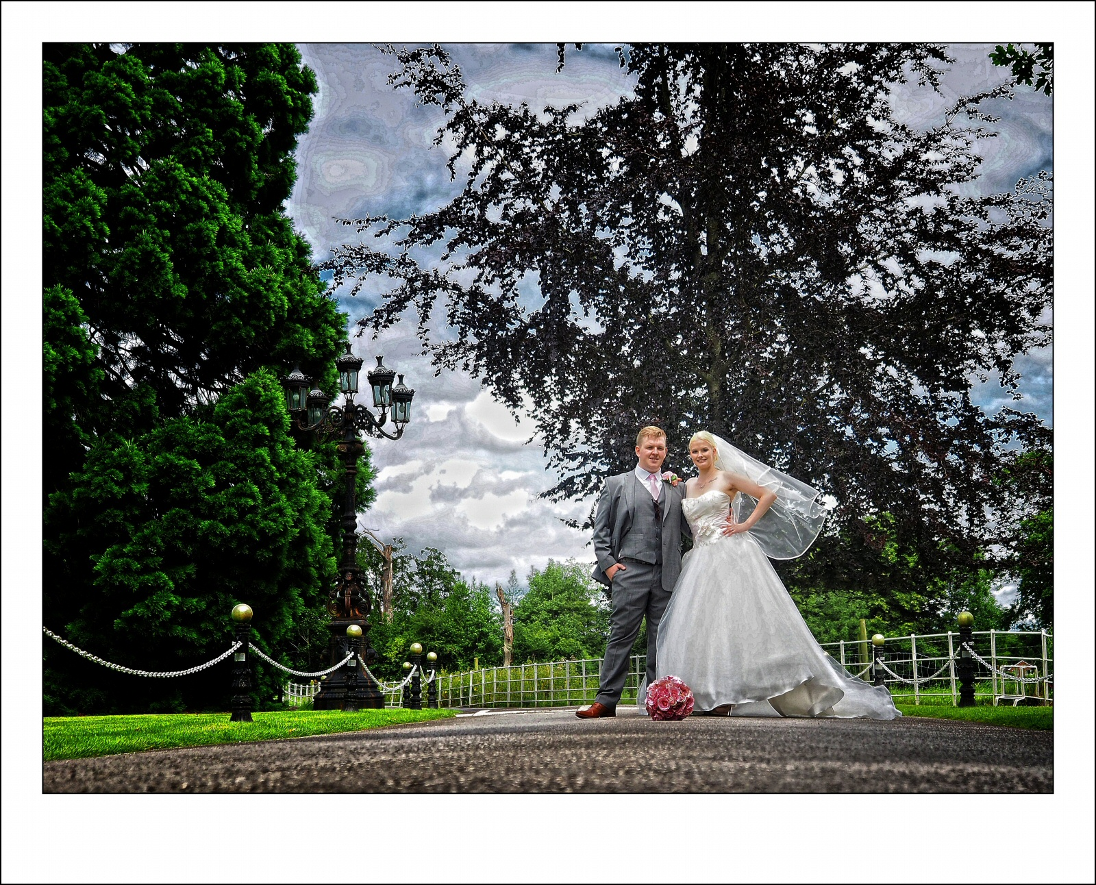 stunning and vibrant wedding photography at rossett