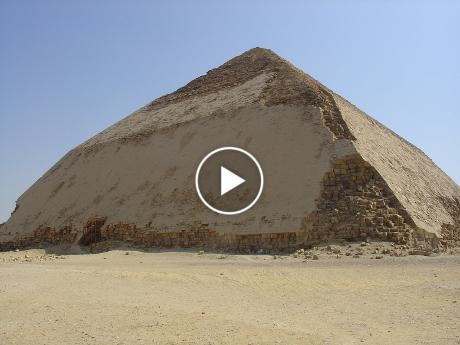 Snefru's_Bent_Pyramid_in_Dahshur1