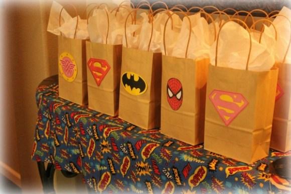 superhero goodie bags tuckinginsuperheroes.com