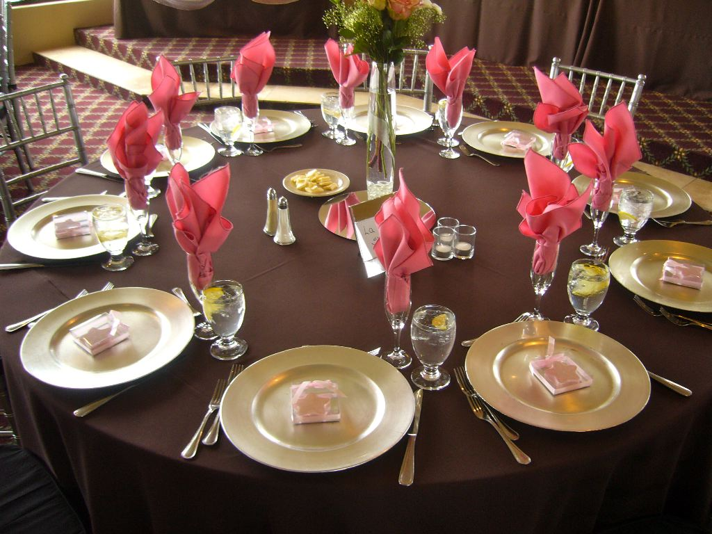 brown table design wedding linens Brown Table Design Chocolate linens