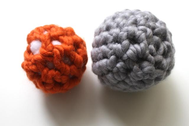 CrochetBalls-OrangeGrey