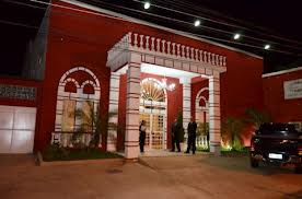 Foto da fachada da Casa de festas Mansão Paraíso em Sulacap,RJ.