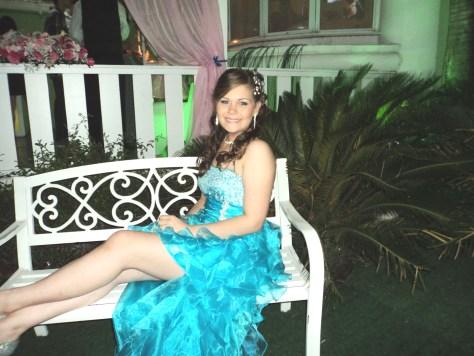 Na foto a debutante Beatriz Perkles