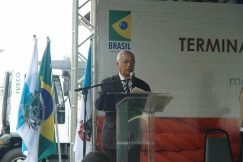 foto Túlio apresentando evento Inauguração do Terminal pesqueiro em Niterói 16.12.13