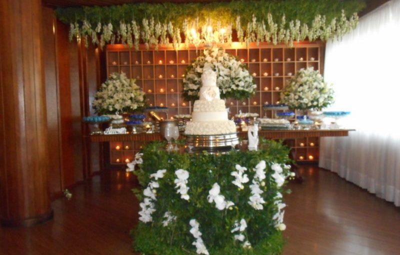 Celebrando cerimônia de casamento em Casa de festas Helena Morais, N.Iguaçu,RJ.