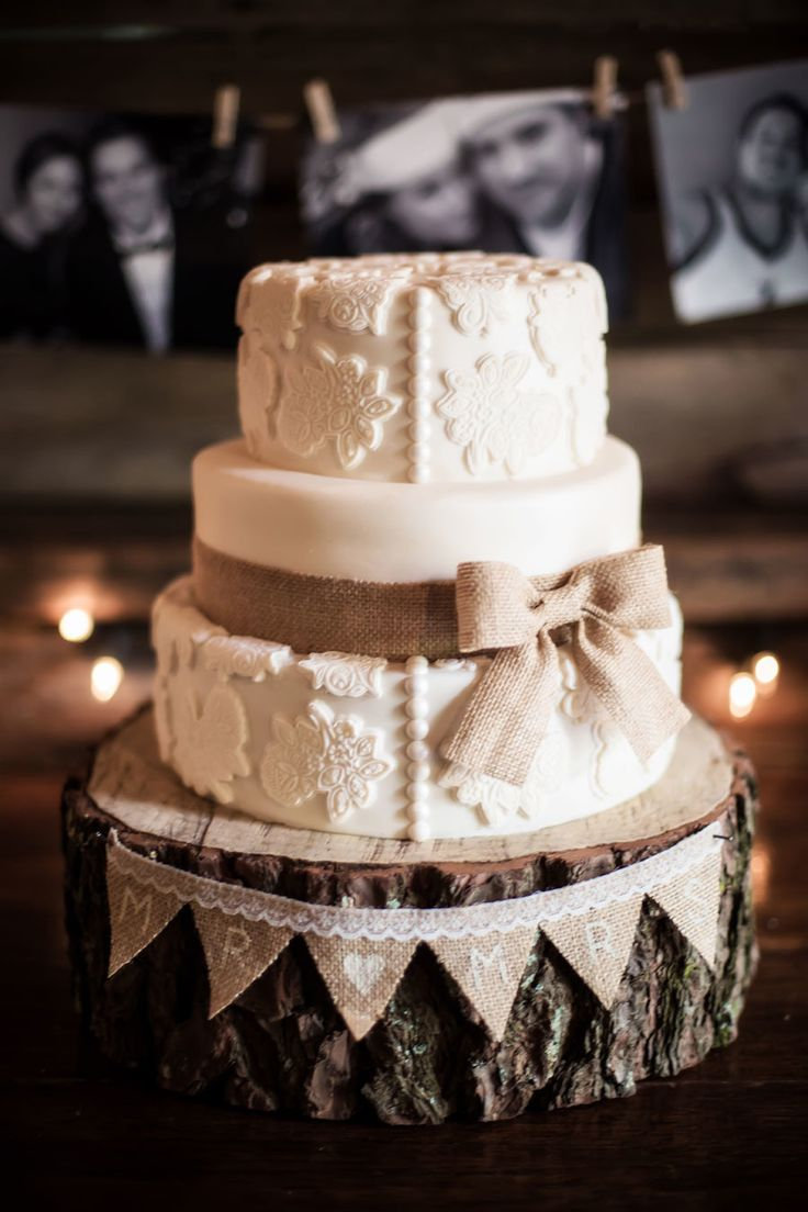 45 chic rustic burlap lace wedding ideas and inspiration burlap wedding ideas vintage lace wedding cake with burlap