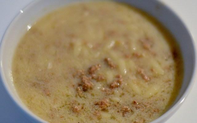 KIYMALI ŞEHRİYE ÇORBASI, czyli zupa zmielonym mięsem