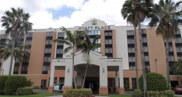 Como é se hospedar no Hotel Hyatt Place Miami Airport