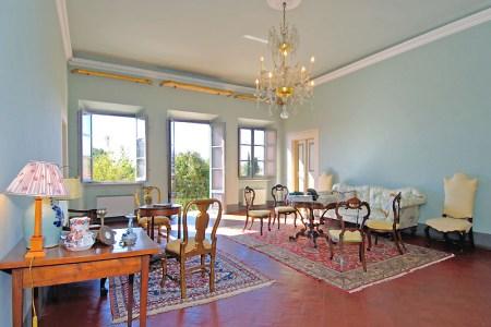 livingroom villas lucca ?width=1200&height=650&scale=both&mode=crop