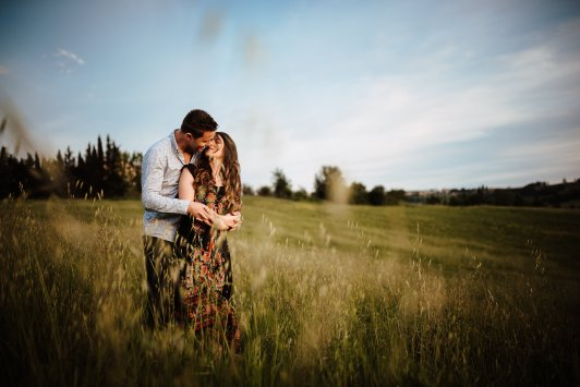 tuscany engagement photographer