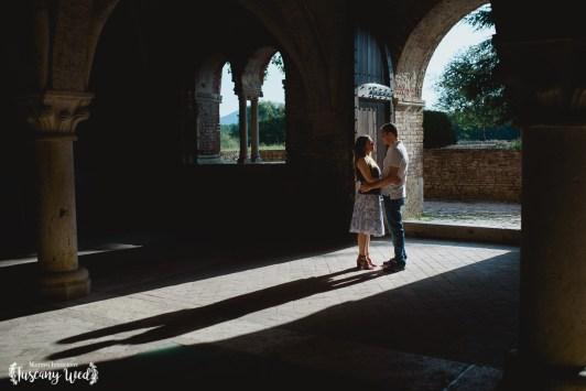 engagement in san galgano best photographer