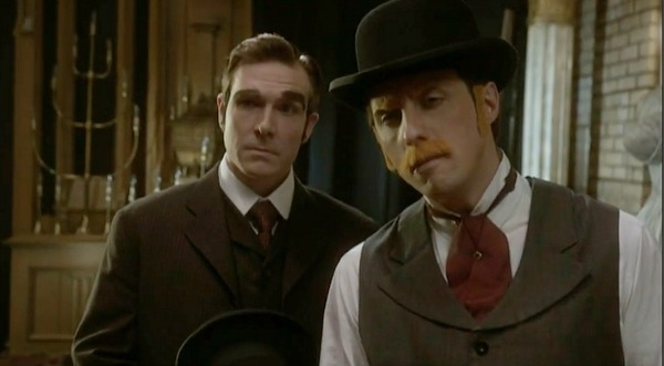 Interview: Murdoch Mysteries' sealed with a kiss
