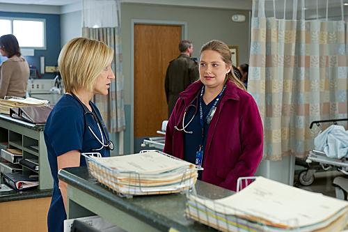 Nurse Jackie Are Those Feathers? Season 4 Episode 9 (10)