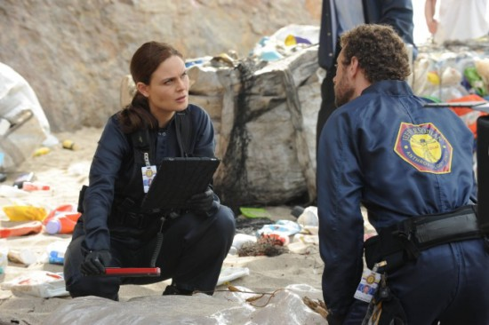Bones Season 8 Episode 7 The Bod in the Pod (4)