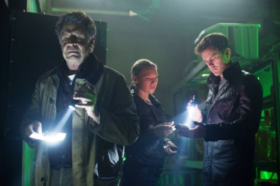 Fringe Season 5 Episode 7 Five-Twenty-Ten (6)