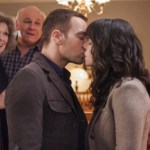 Hitched for the Holidays (Hallmark) (7)