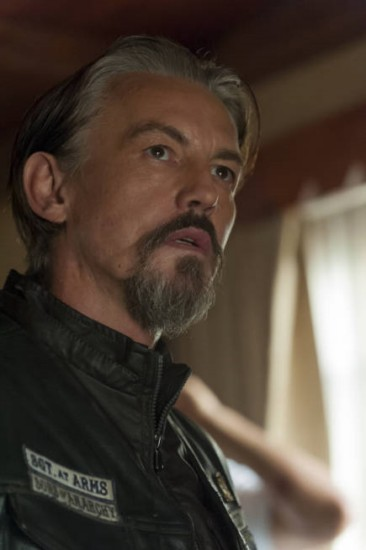 Sons of Anarchy Season 5 Episode 11 To Thine Own Self (9)
