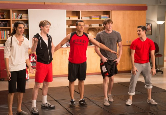 Glee Season 4 Episode 12 Naked (3)