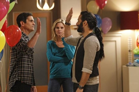 Modern Family Season 4 Episode 12 Party Crasher (5)