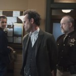 Justified Season 4 Episode 6 Foot Chase (3)