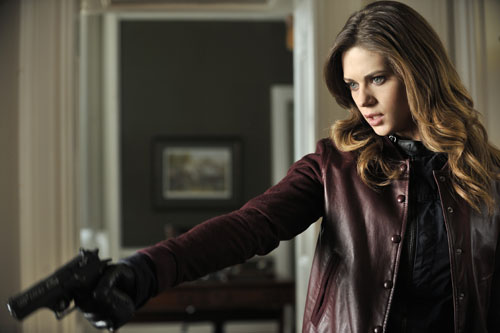 Nikita Season 3 Episode 10 Brave New World (9)