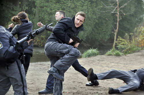 Nikita Season 3 Episode 9 Survival Instincts (10)