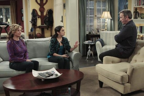 Last Man Standing Season 2 Episode 15 Breaking Curfew (1)